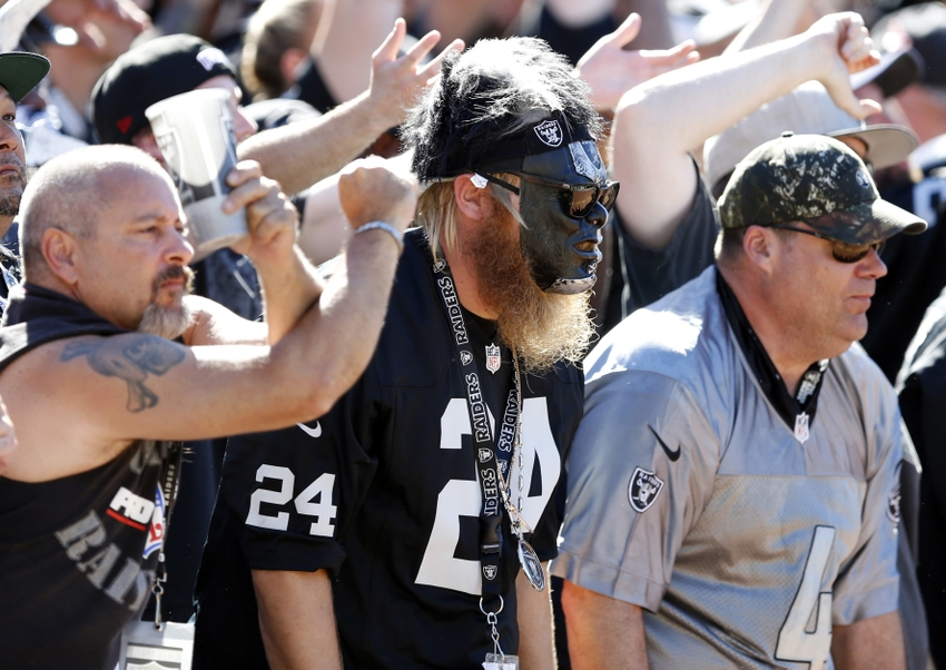 Oakland Raiders fans egg throwing incident at Chargers bus ...