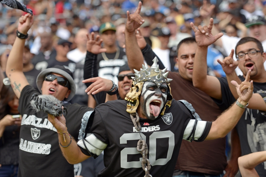 oakland raiders 2016 schedule first glance predictions