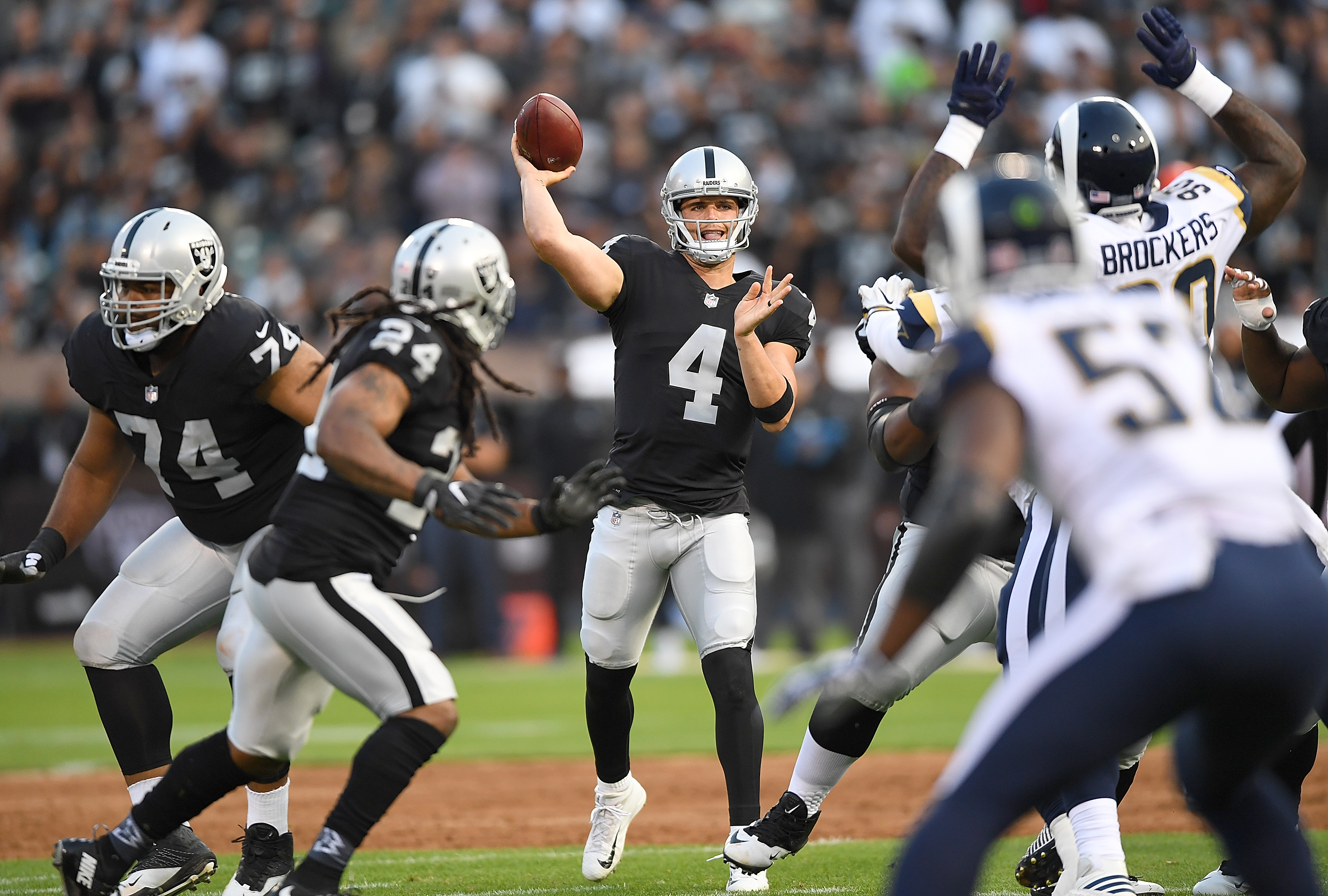 Of The Oakland Raiders Looks To Throw A Pagainst The Los Angeles Rams During The First Quarter Of Their Preseason Nfl Football Game At
