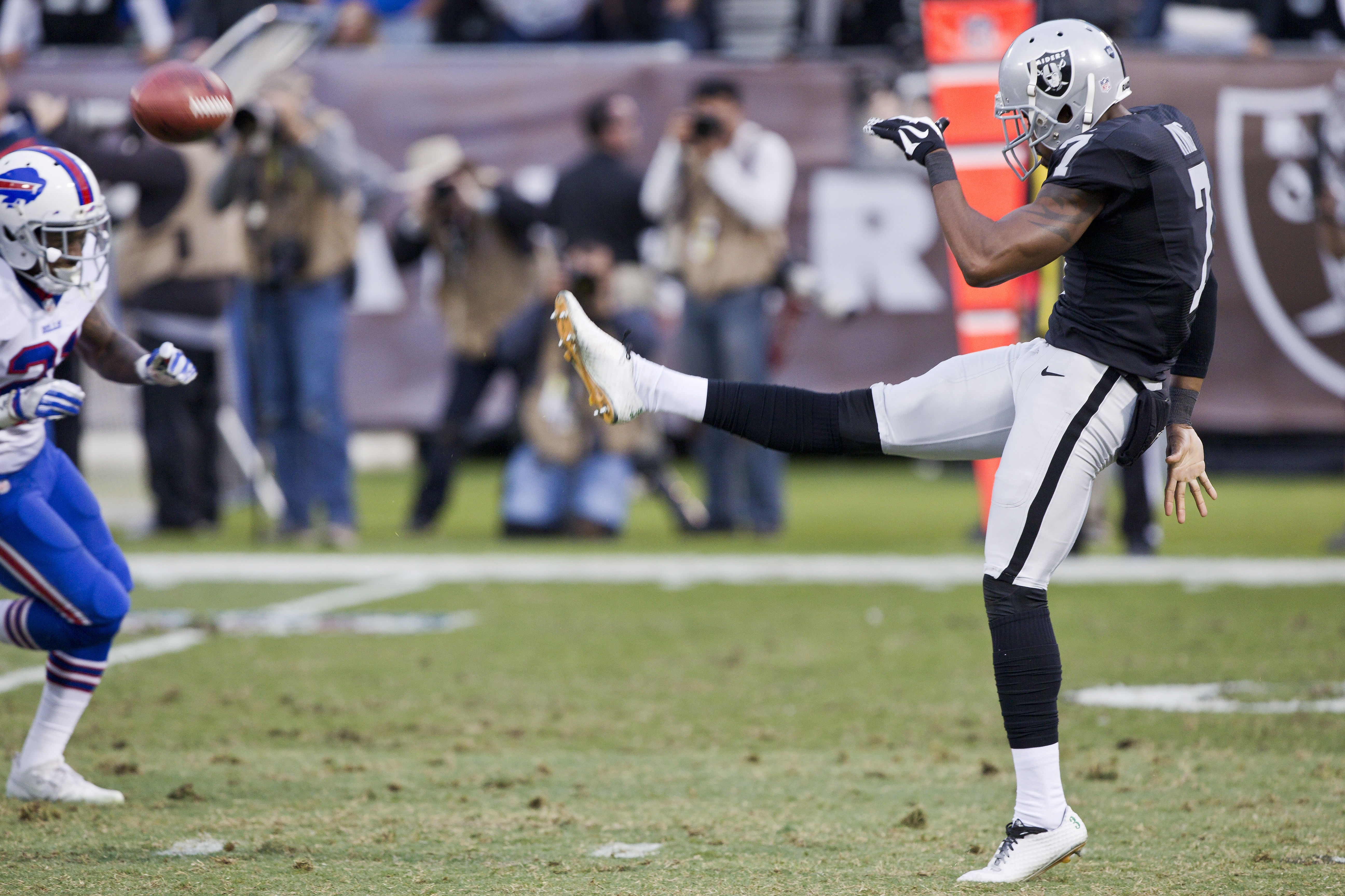 raiders at redskins  betting odds  weather forecast