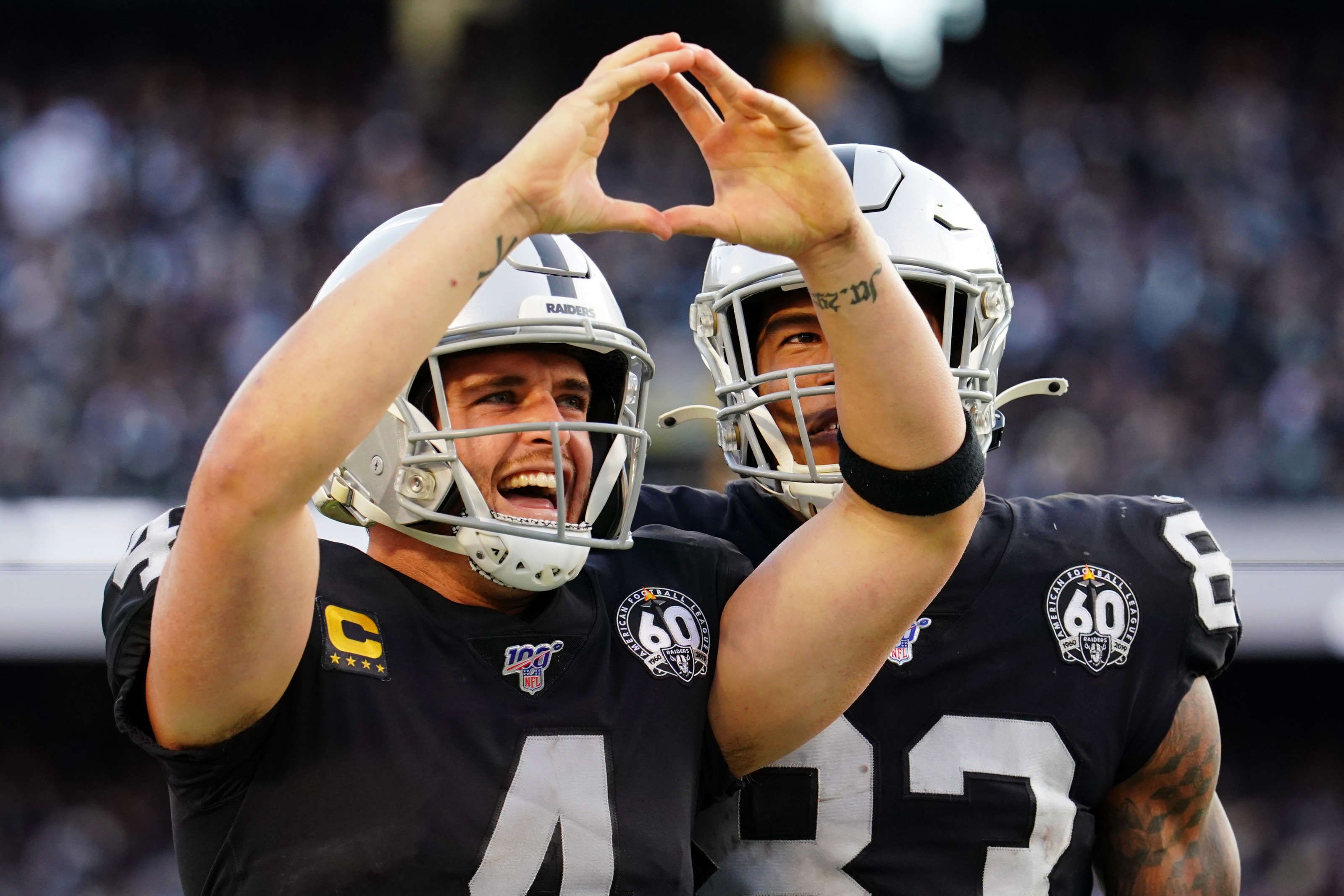 Raiders QB Derek Carr not worried about his job, nor should he be